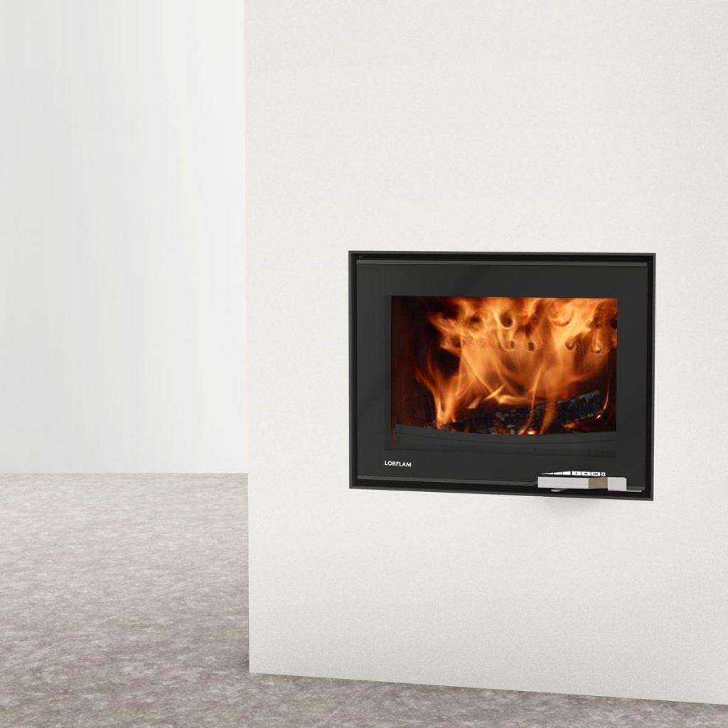 LORFLAM insert bois XP68 fonte porte noire verre poignée inox coffre blanc et sol béton